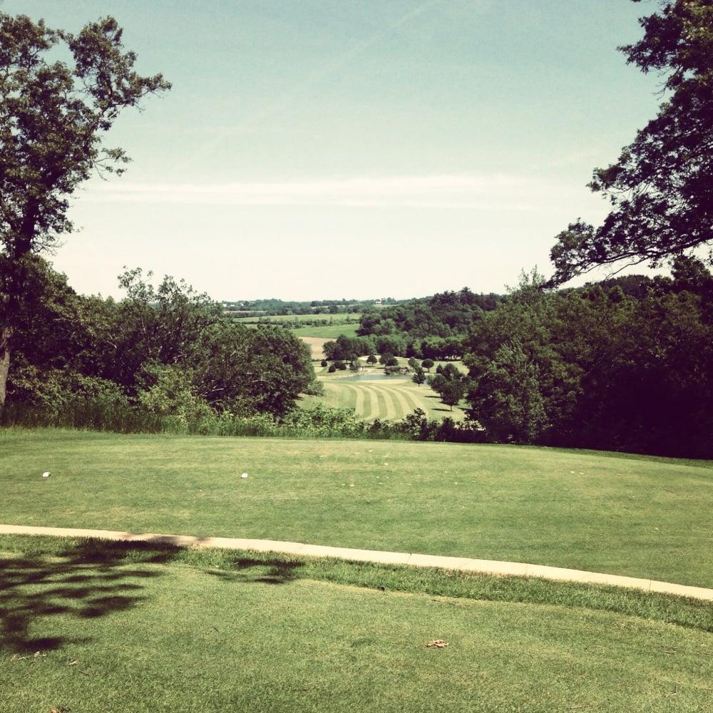 Viroqua Hills Golf Course: 1110 US Highway 14, Viroqua, WI