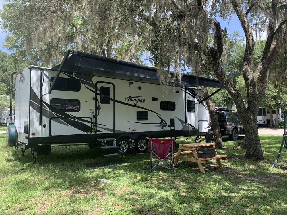 Shady Oaks RV & Mobile Home Park: 153 NE 300th St, Cross City, FL