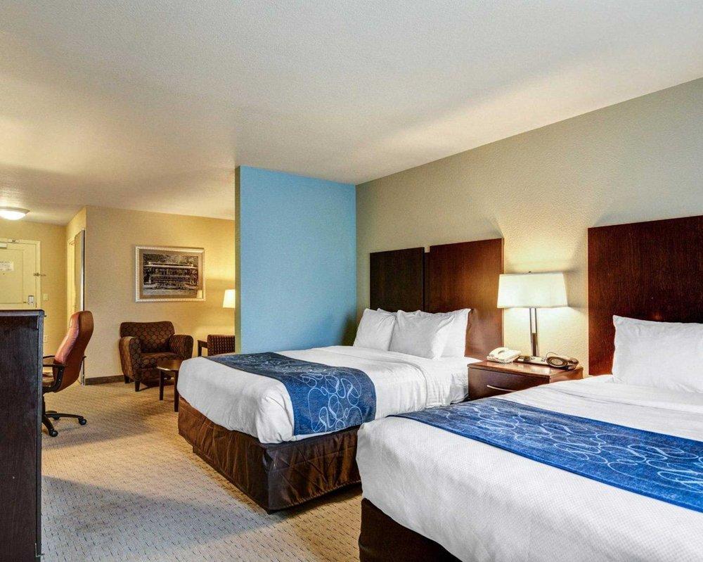 Comfort Suites near Hot Springs Park: 320 Nash St, Hot Springs, AR