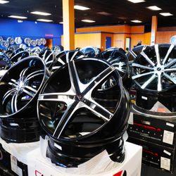 Rimtyme Custom Wheels And Tires Macon Tires 1209 Eisenhower