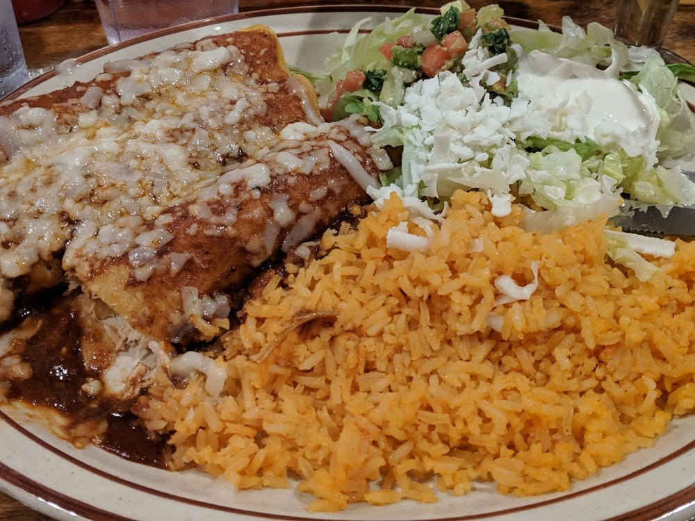 El Papa's Mexican Bistro: 400 Howe Ave, Cuyahoga Falls, OH