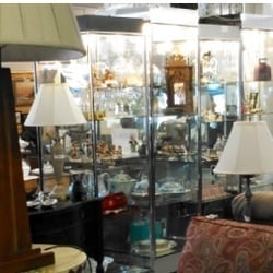 Charming Photo Of Showcase Consignments   Chichester, NH, United States. Antiques At  The Front