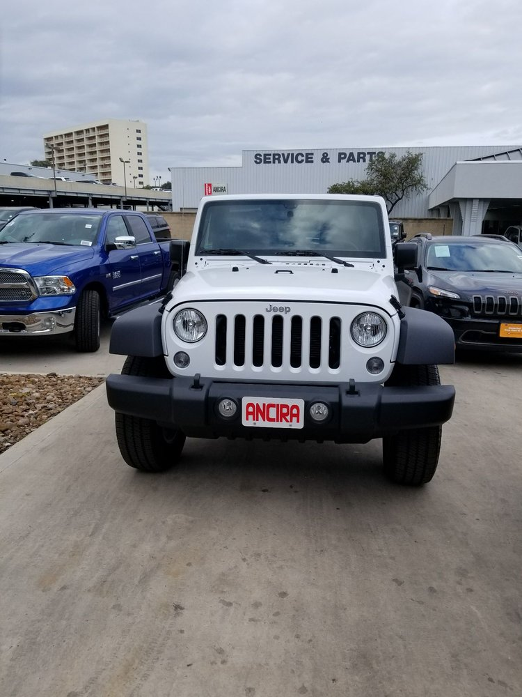 San Antonio Jeep >> Ancira Chrysler Jeep Dodge Ram 39 Photos 125 Reviews Car