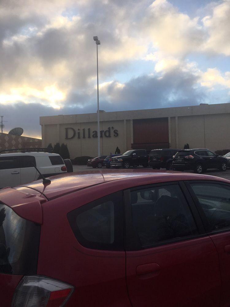 Dillard's: 4201 N Shiloh Dr, Fayetteville, AR