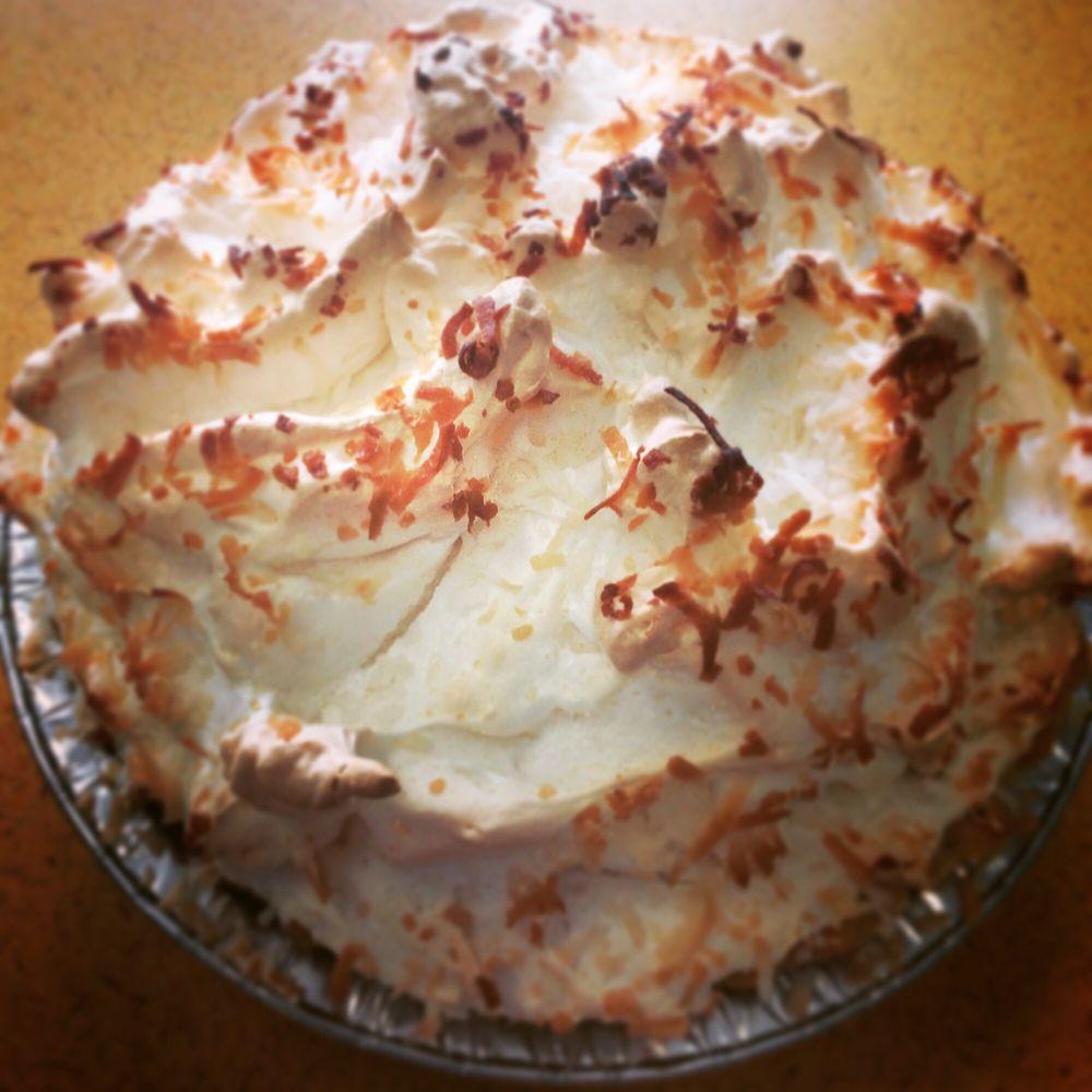 Little Jack Horner's Desserts: 108 S Buchanan, Cuba, MO