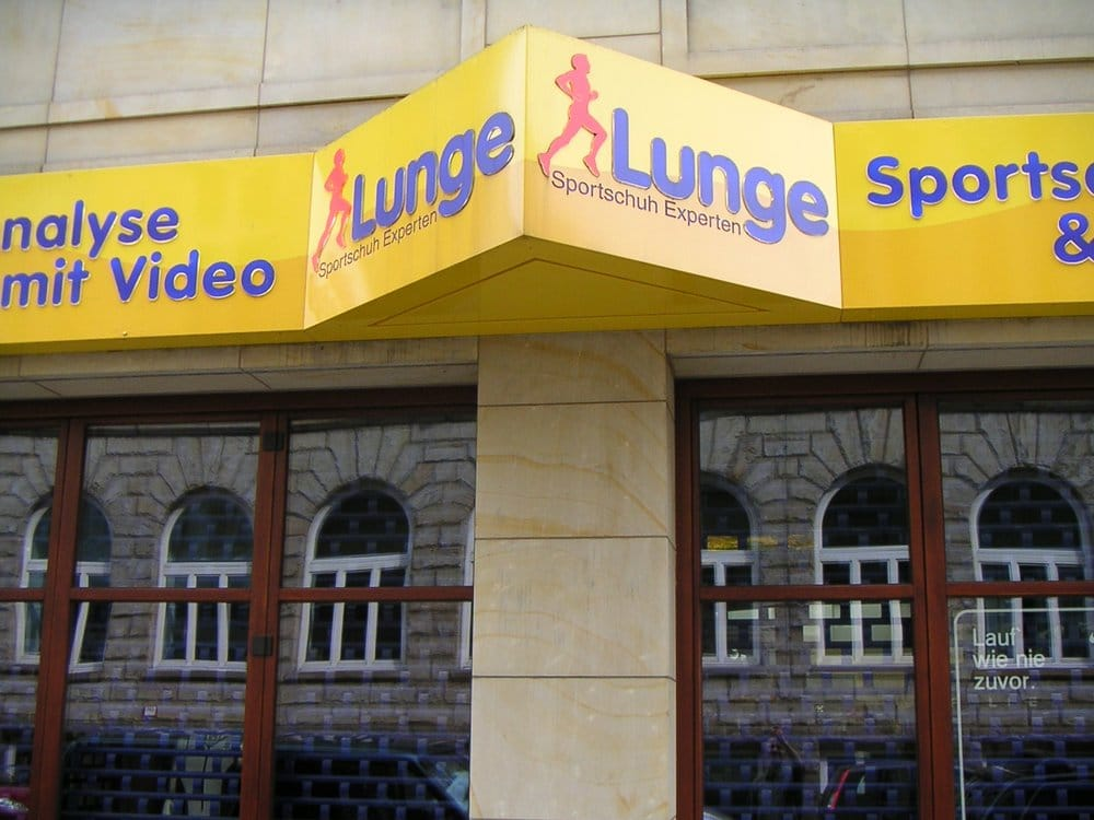 lunge lauf und sportschuhe closed sports equipment colonnaden 18 neustadt hamburg. Black Bedroom Furniture Sets. Home Design Ideas