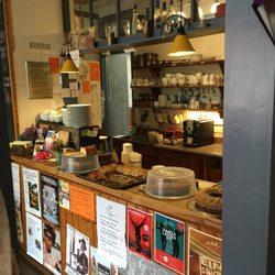 Foto Zu Cafe Am Damm   Oldenburg, Niedersachsen, Deutschland. Kuchen Theke