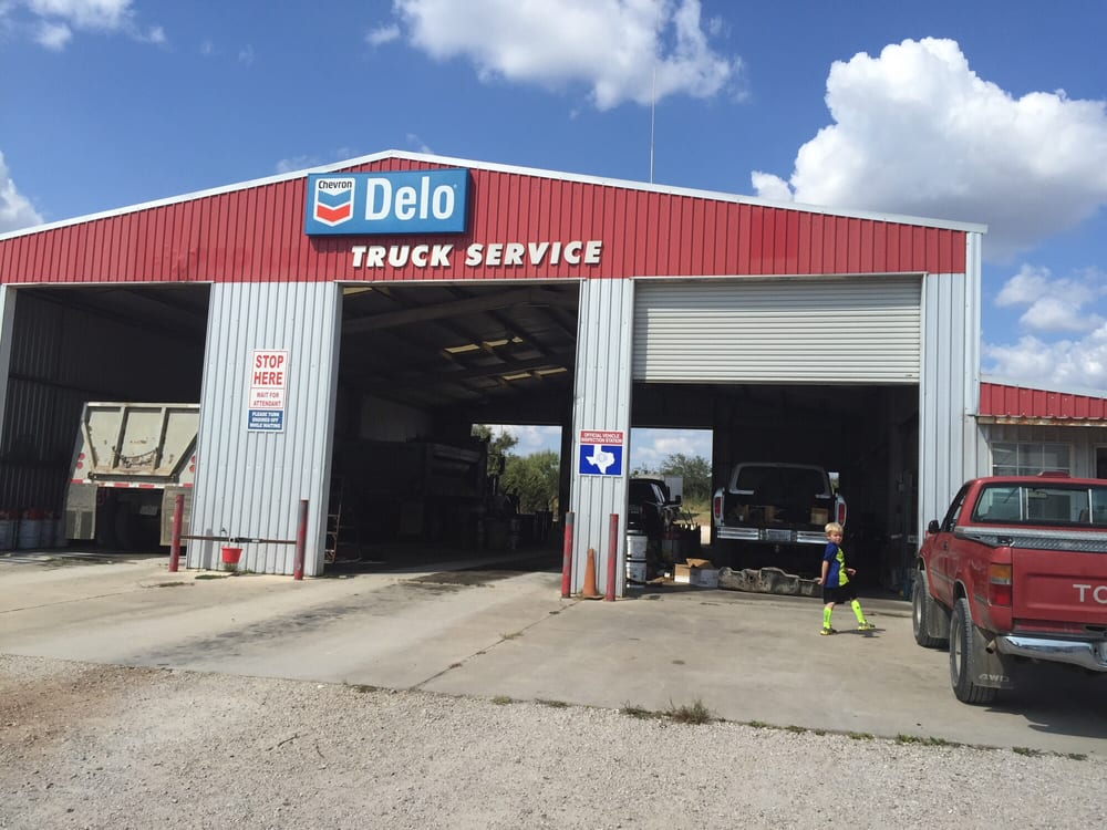 Liberty hill truck service oil change stations 12830 w Liberty hills