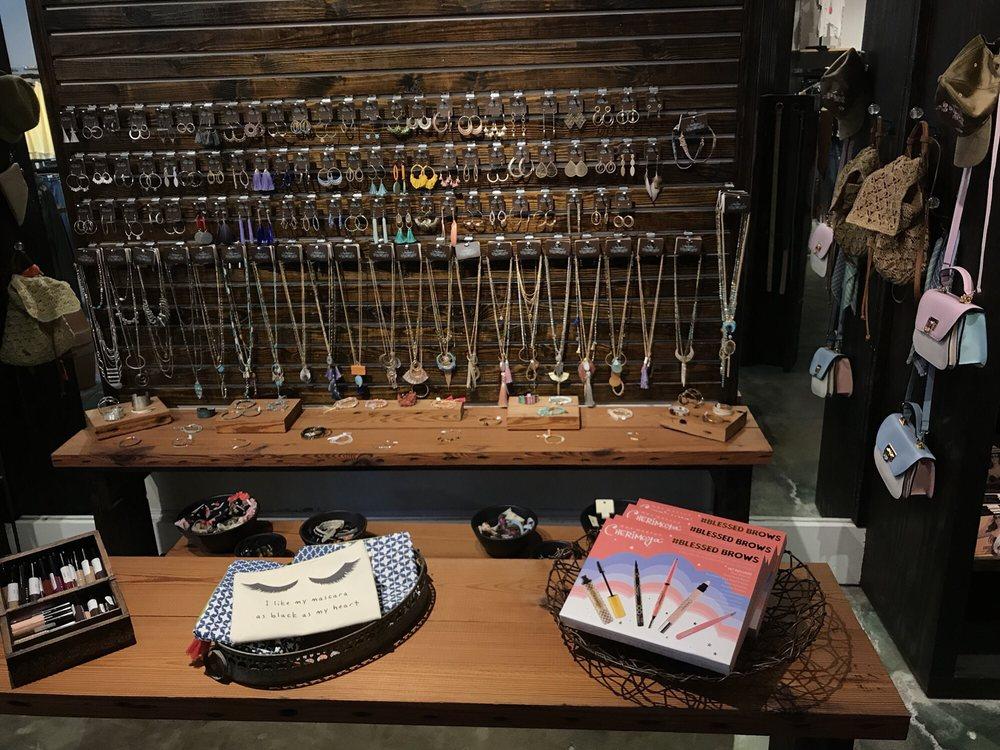 Haba's Clothing Store