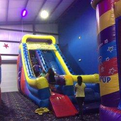 Pump It Up Of Montgomery Kids Activities 1029 Lagoon Business Lp
