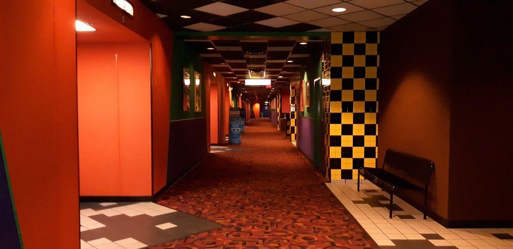 Cinemark Hollywood USA Movie Theatre: 4040 S Shiloh Rd, Garland, TX