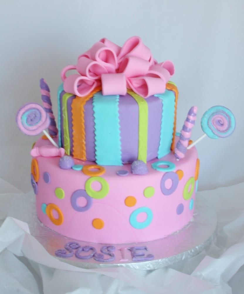 Tonna's Cakes: 505 N Pasque FLower Trl, Brandon, SD