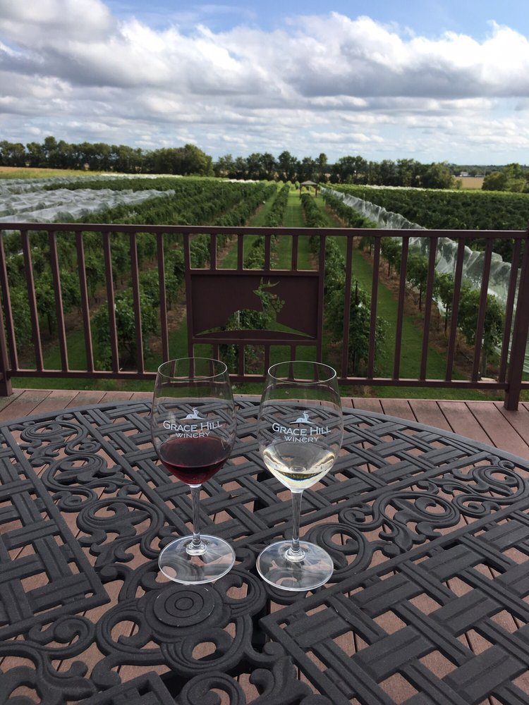 Grace Hill Winery: 6310 S Grace Hill Rd, Whitewater, KS