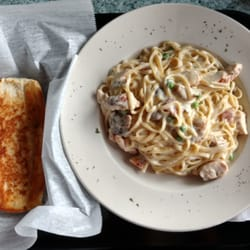 Etonnant Photo Of Backyard Grill   Chicago, IL, United States. Chicken Carbonara  With Garlic ...