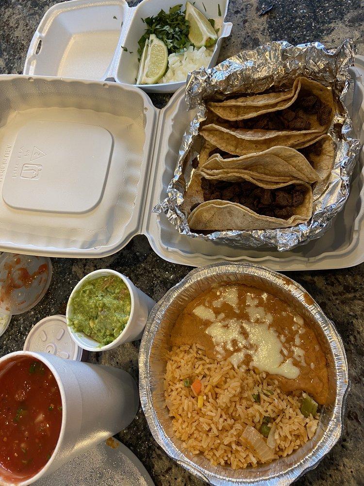 Lalos Mexican Grill & Bar: 6749 Fulton St E, Ada, MI