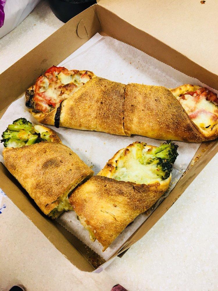 Green Olive Pizza & Falafel: 27111 Union Tpke, Floral Park, NY