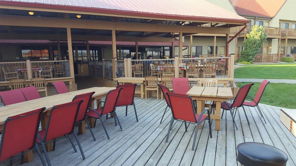 Arrowwood Resort & Conference Center at Cedar Shore: 1500 Shoreline Dr, Oacoma, SD