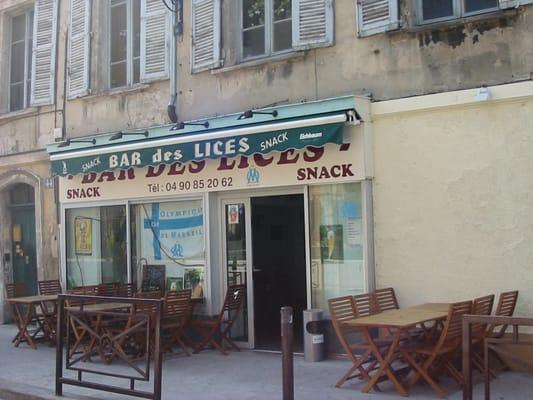 bar des lices st ngt barer 44 rue des lices avignon vaucluse frankrike telefonnummer. Black Bedroom Furniture Sets. Home Design Ideas