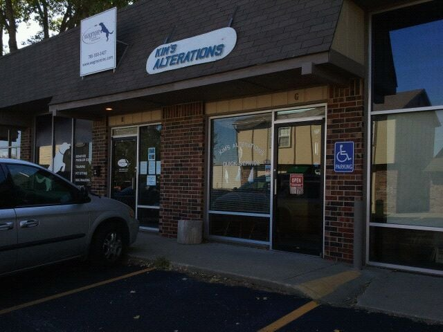Kim's Sewing & Alterations: 2201 W 25th St, Lawrence, KS