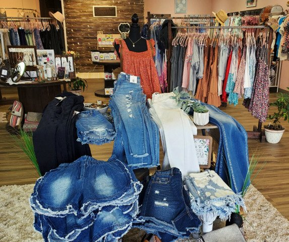Blooming Soul Boutique: 1215 Paris Rd, Mayfield, KY