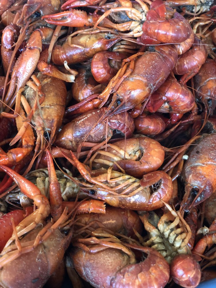 Carlton's Seafood: 12424 Hooper Rd, Baton Rouge, LA