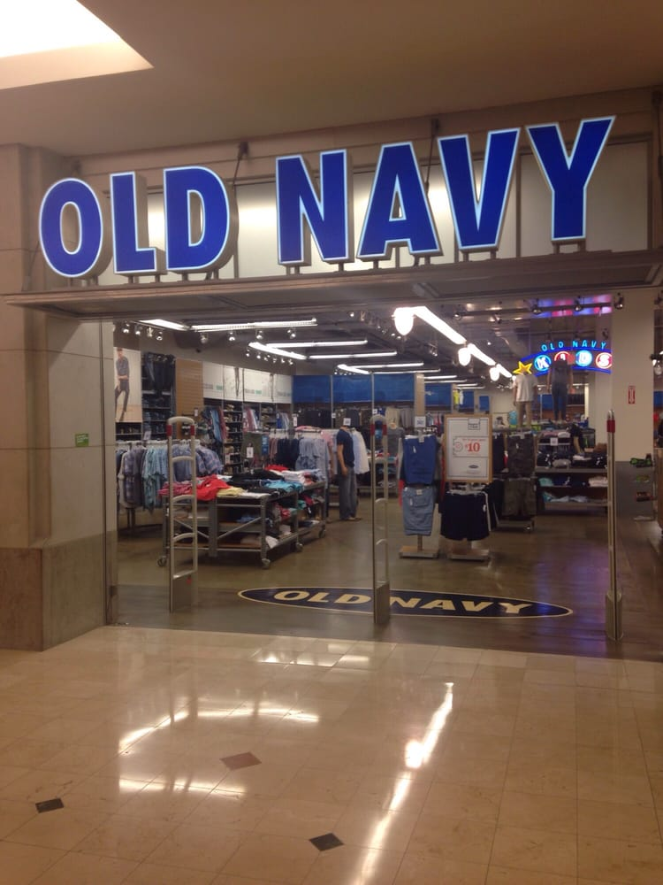 Cardmember perks. Extra 20% off your first purchase when you open and use your Old Navy Card today. Apply Now.
