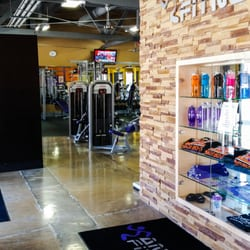 Anytime fitness 25 fotos y 58 rese as gimnasios 300 for Gimnasio pacific