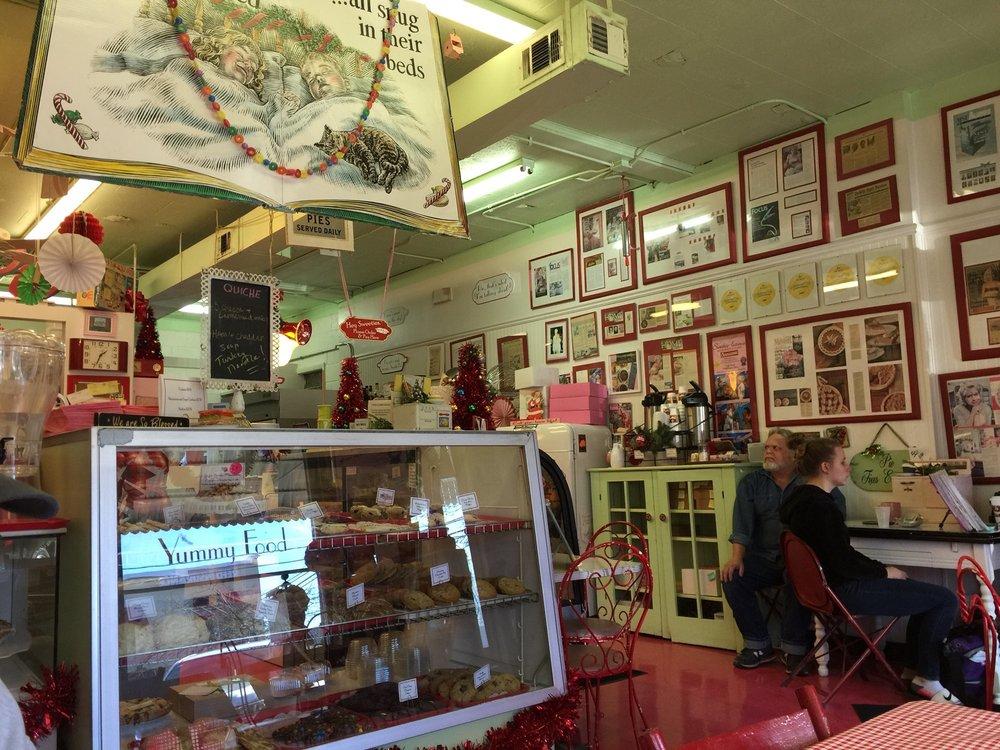 Sweetie-licious Bakery Cafe': 108 N Bridge St, DeWitt, MI