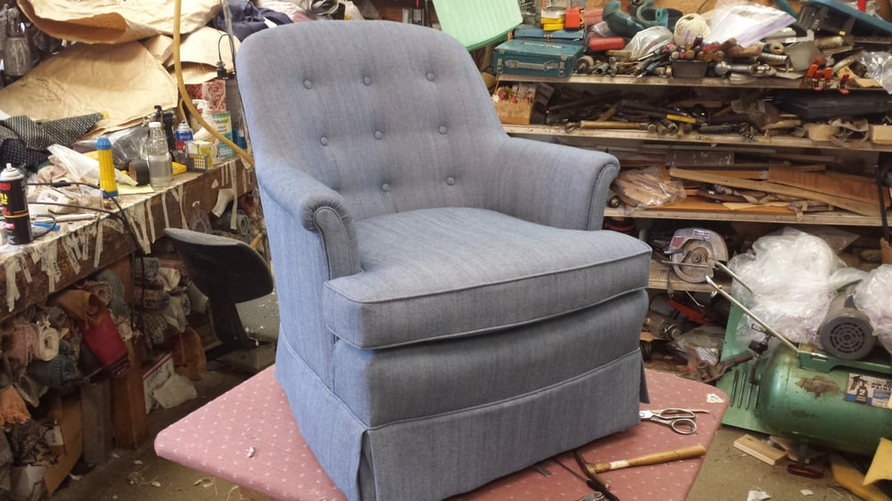 Perfection interiors furniture reupholstery 1535 23rd for Furniture auburn wa