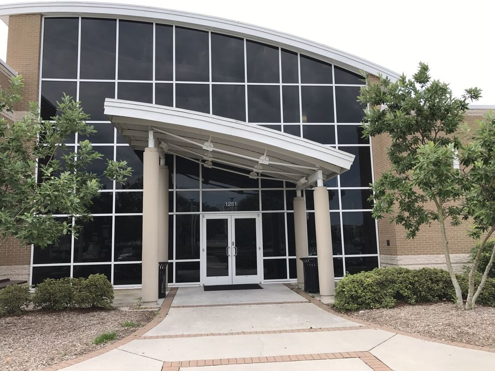 Lamberts Point Community Center: 4100-4198 Bowdens Ferry Rd, Norfolk, VA