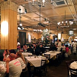Photos For Carmine S Italian Restaurant Upper West Side
