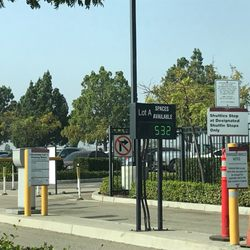Best parking options for burbank airport