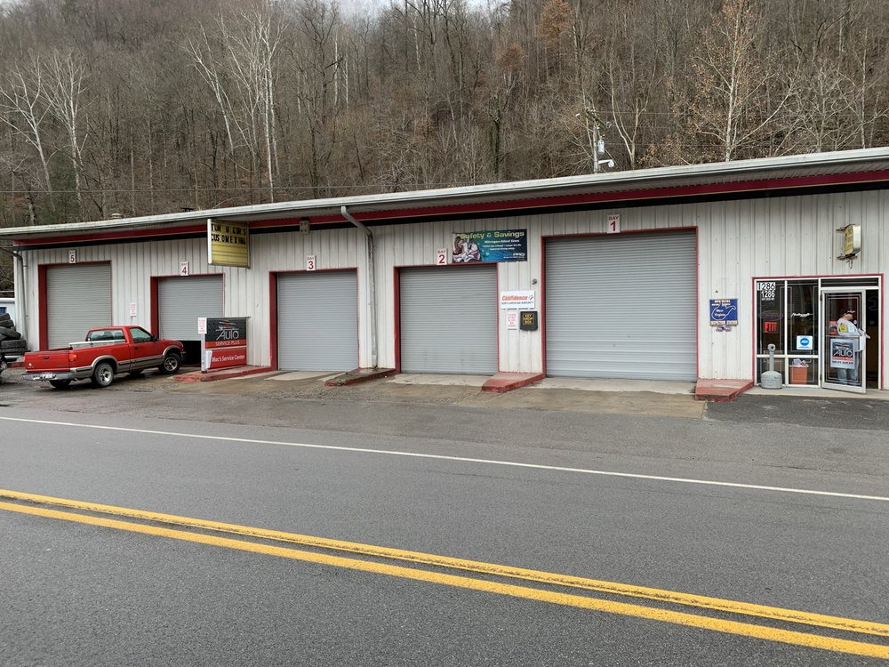 Mac's Service Center: 1286 Huff Creek Hwy, Mallory, WV