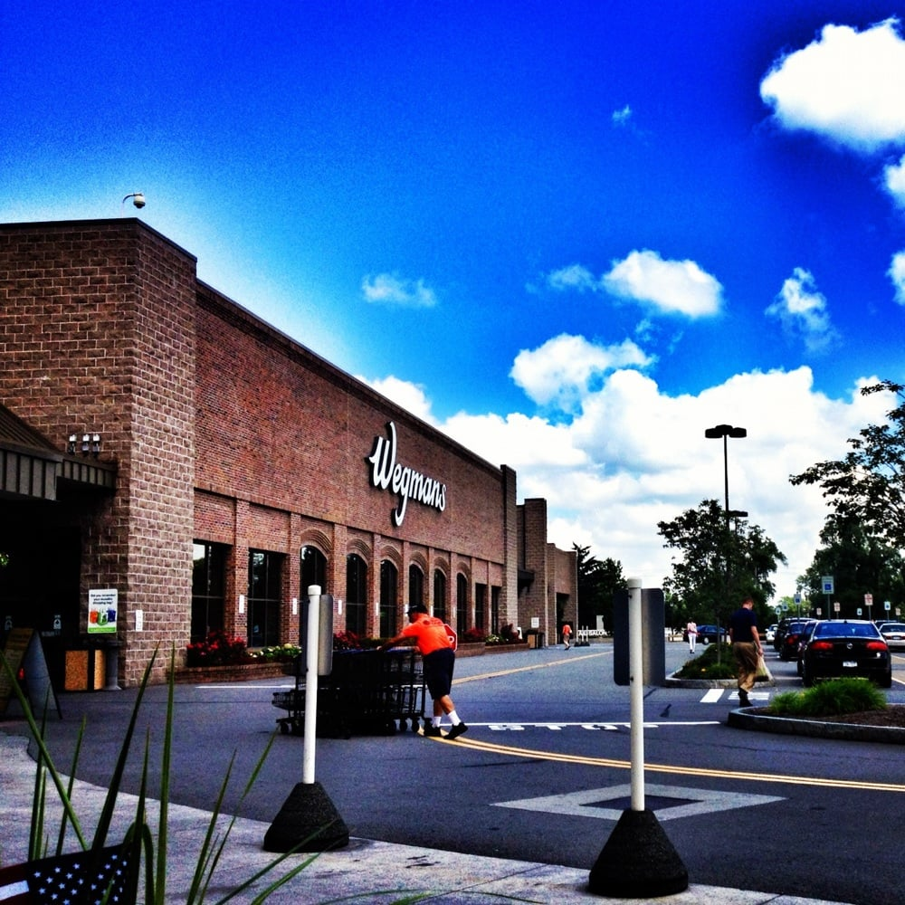 Wegmans 183 photos 171 reviews supermarkets 3195 for Food bar wegmans pittsford