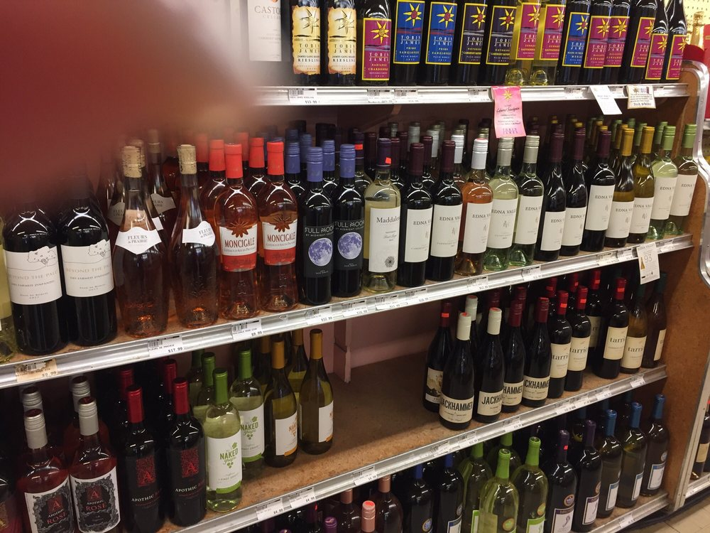 Cayucos Super Market: 301 S Ocean Ave, Cayucos, CA