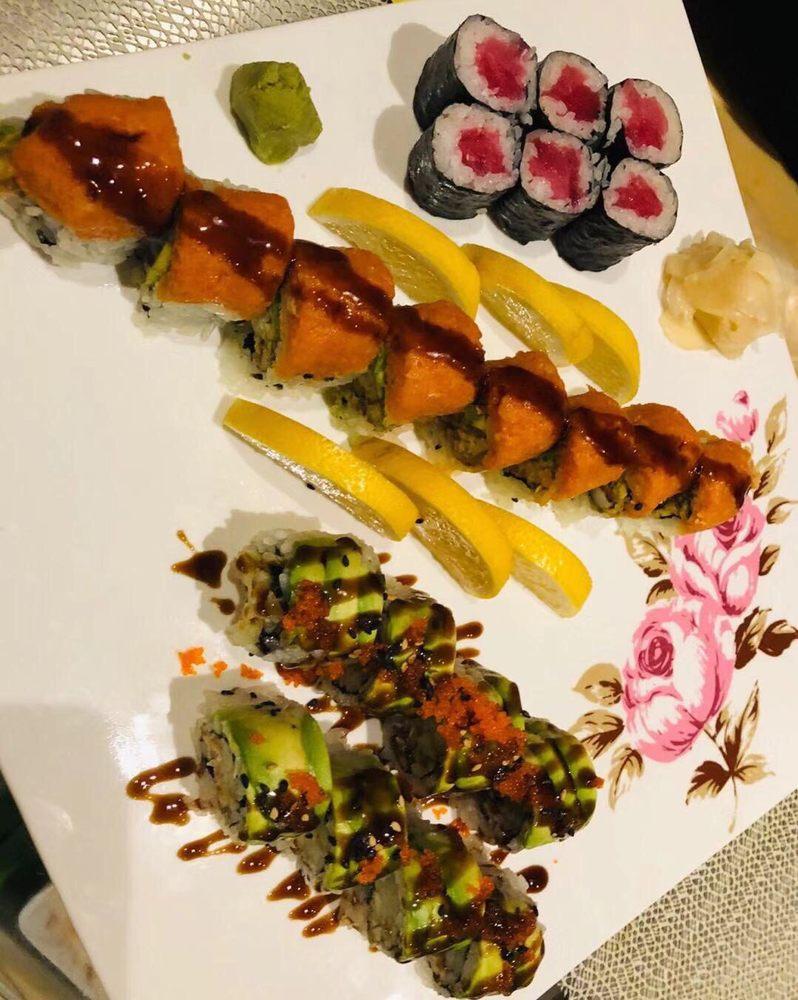Sakura Japanese Cuisine Hibachi and Sushi Bar: 1704 E Meighan Blvd, Gadsden, AL