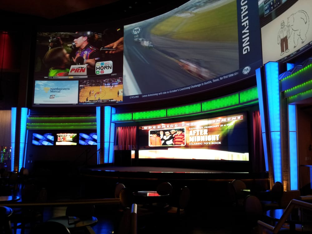 The HUGE Curved Screens At The OH Bar Grille Yelp
