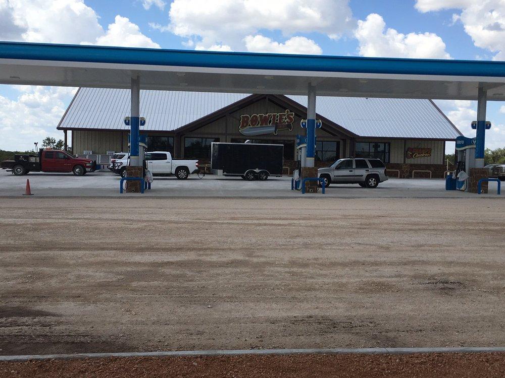 Bowie's Convenience Store: 1692 US-83, Menard, TX