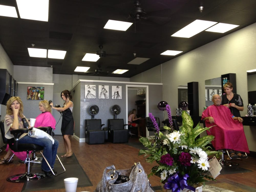 Salon 131: 13049 Park Blvd, Seminole, FL