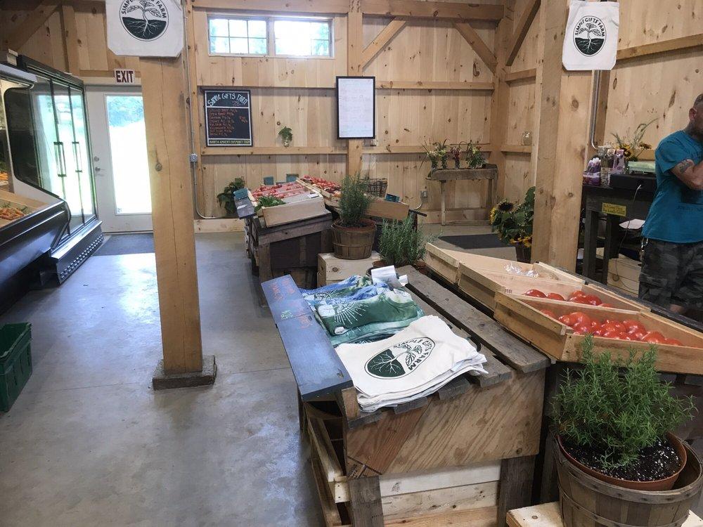 Simple Gifts Farm: 1089 N Pleasant St, Amherst, MA