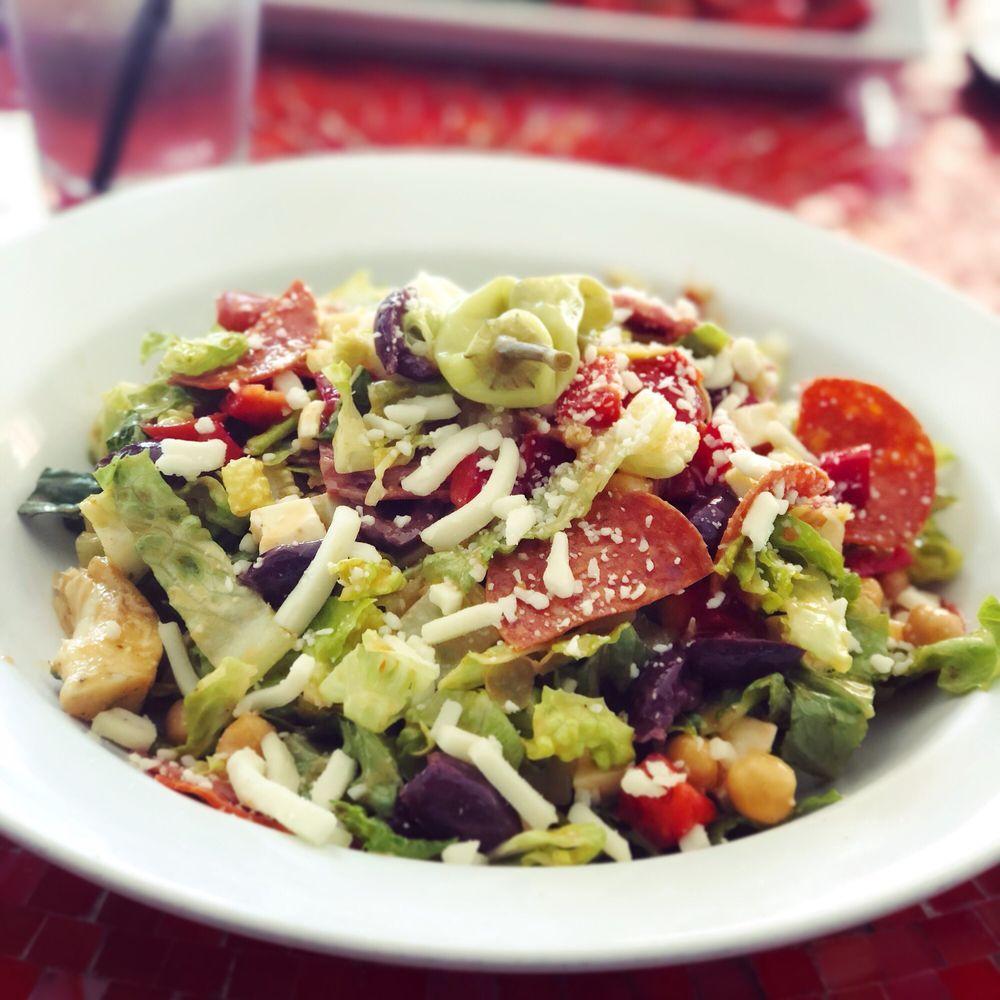 Sal's Italian Kitchen: 7945 Macarthur Blvd NW, Cabin John, MD