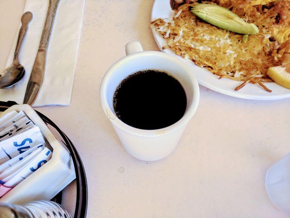 Kendall's Cafe: 587 Palm Canyon Dr, Borrego Springs, CA