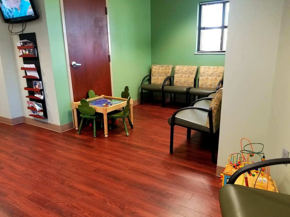 KentuckyOne Primary Care: 900 Fairdale Rd, Fairdale, KY