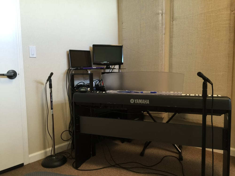 Voice Lessons By Pauline: 2224 Old Middlefield Way, Mountain View, CA