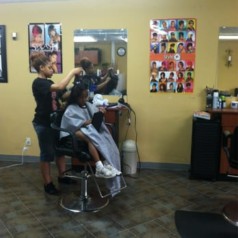 Divine salon 16 photos hairdressers 2530 marietta for K divine hair salon