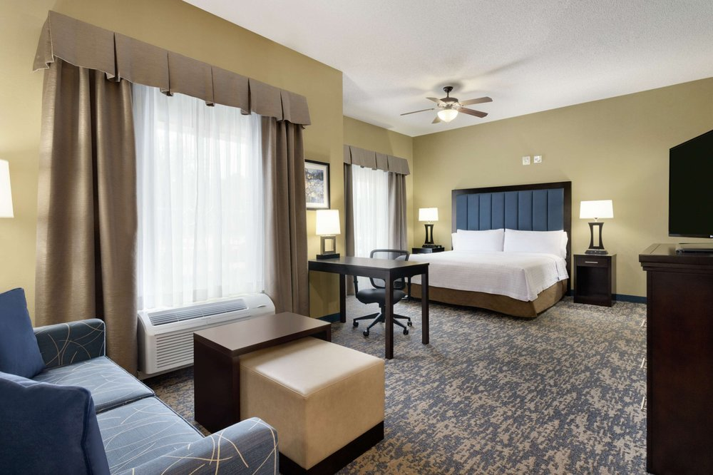 Homewood Suites by Hilton Fort Smith: 7300 Phoenix Ave, Fort Smith, AR