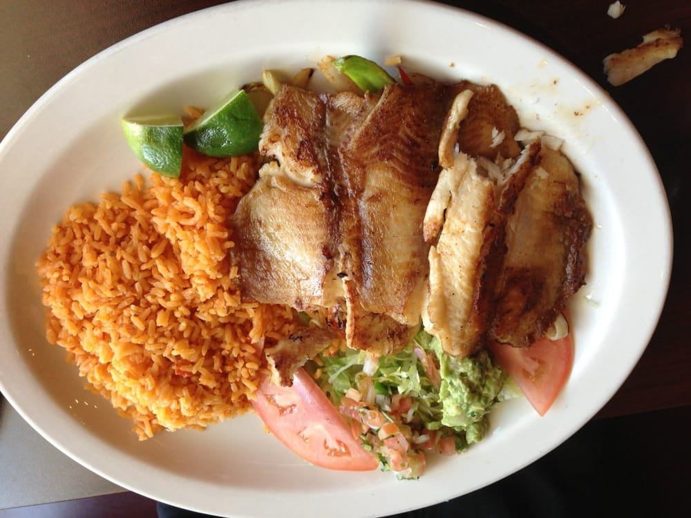 Elgin (IL) United States  city images : Taqueria Parilla Azteca Elgin, IL, United States. Tilapia dinner