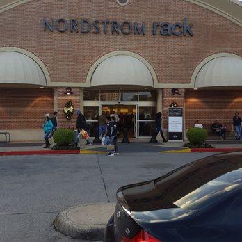 f927742550d Nordstrom Rack Centre at Post Oak - 43 Photos   101 Reviews ...