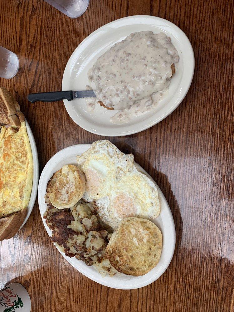 Charlie's Cafe: 1335 Roosevelt Ave E, Enumclaw, WA