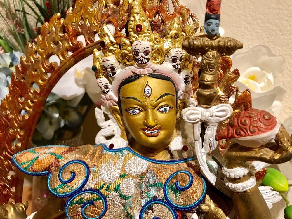 Tushita Kadampa Buddhist Center: 910 Hampshire Blvd, Westlake Village, CA